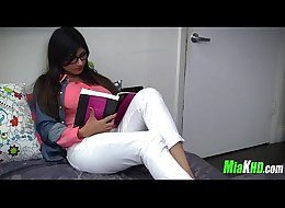 Mia Khalifa teaches her muslim friend how to suck cock 1 91