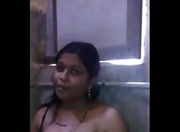 Heena Cute desi babe showing boobs n pussy